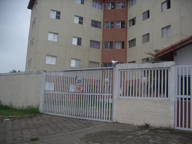 Aptos a Locação Definitivo |  PERUIBE | Apartamento localizado em bairro de moradores e próximo...